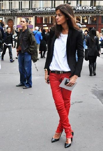 calça vermelha branco