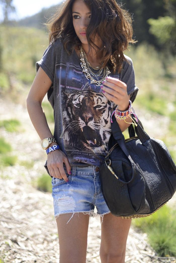 camiseta tigre despojada