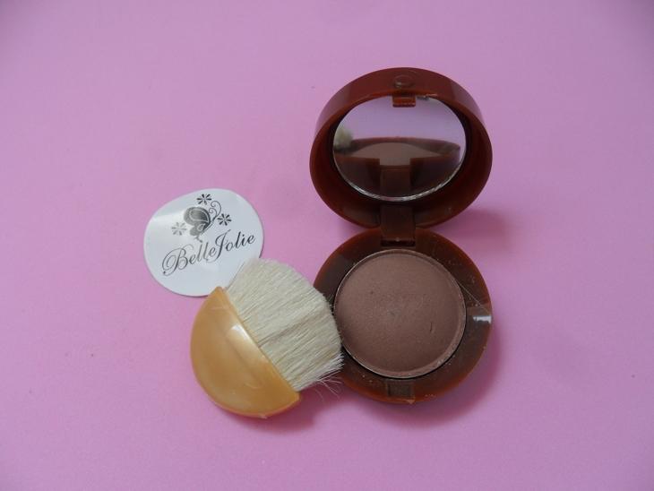 blush marrom