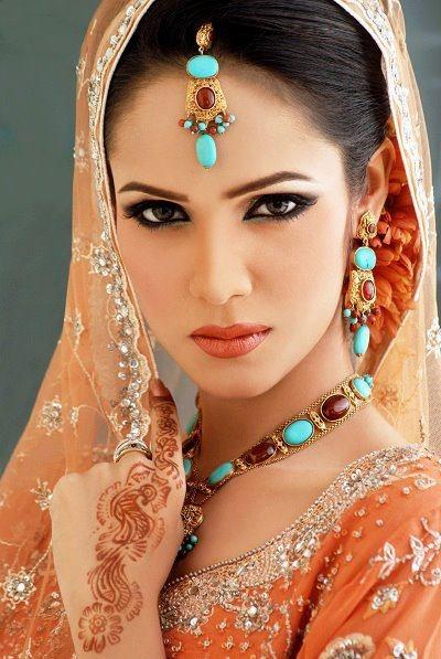 Inspira o maquiagens indianas belle diva for India diva futura