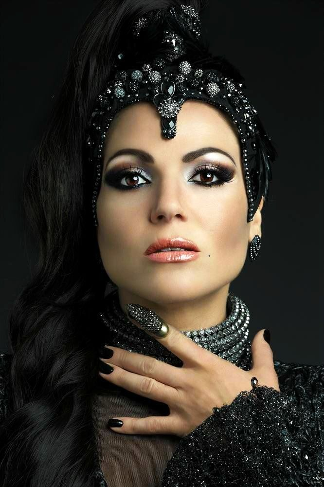 regina maquiagem elaborado