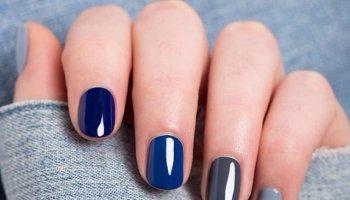 unhas azul cinza