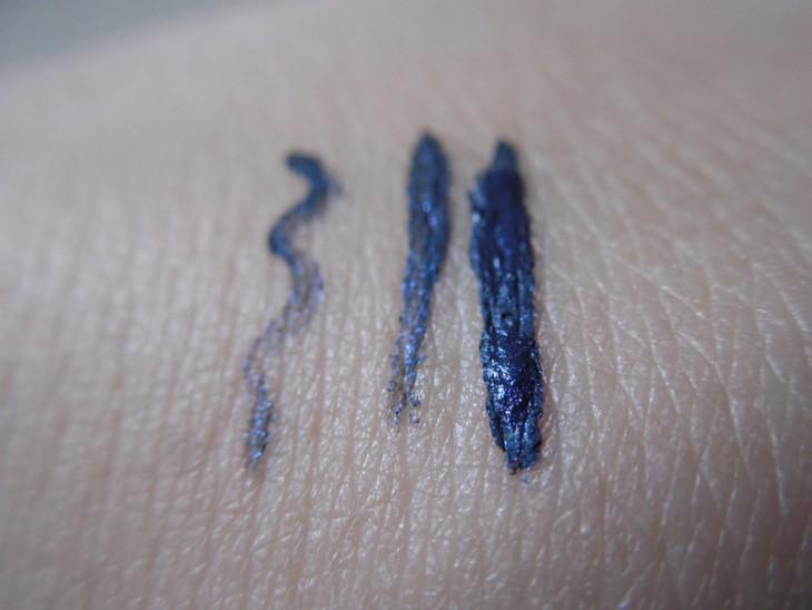 delineador azul panvel detalhe