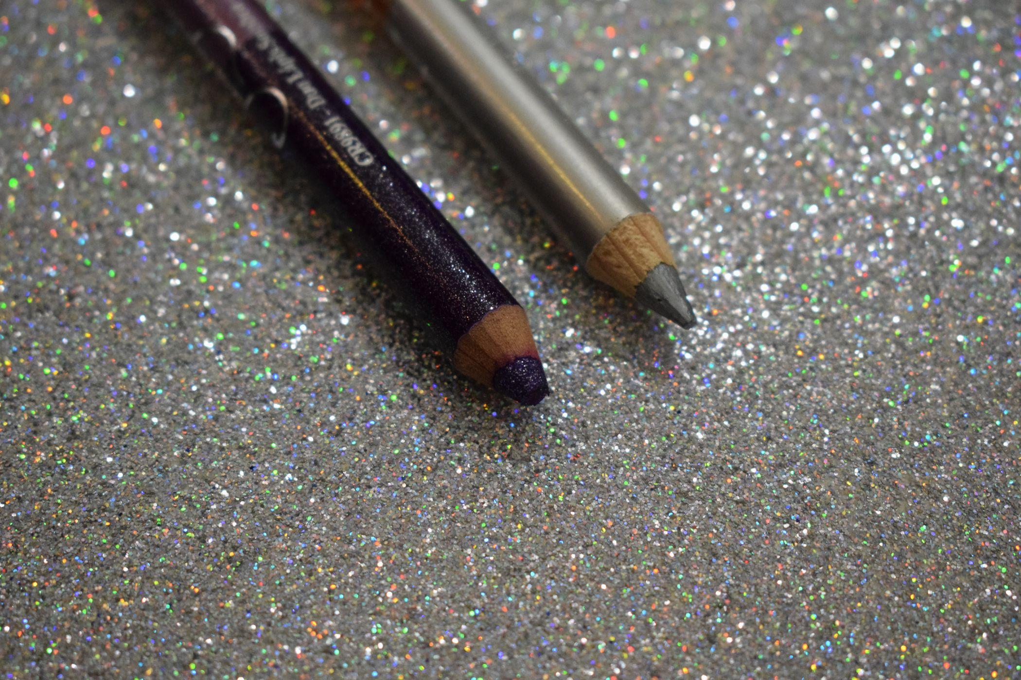 lápis de olho colorido